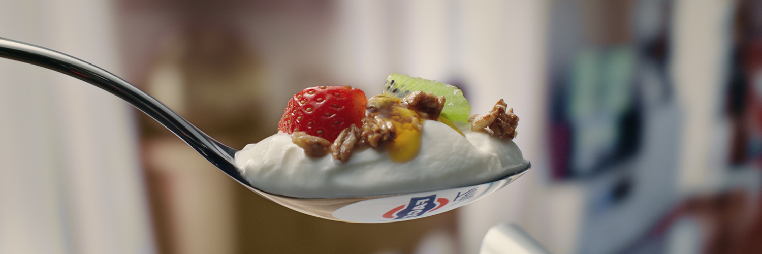 FAGE Total Plain Extraordinary