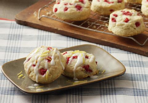 Raspberry Sour Cream Scones